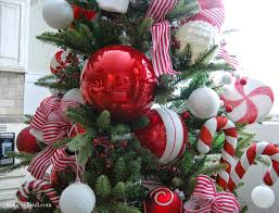 How To Make A Christmas Tree With Candy Canes For Door Decoration Christmas Tree With Candy Canes