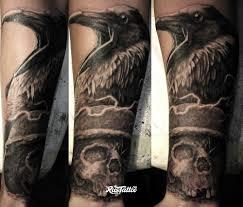 фото татуировки ворон в стиле реализм черно белые татуировки на