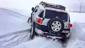 ➤ Toyota FJ Cruiser vs Jeep Wrangler vs Mitsubishi Pajero Sport ...