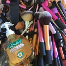 olive oil baby shoo middot dish time to wash my makeup brushes i wash them once