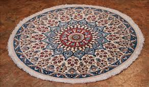155 nain rugs this traditional rug is approx imately 2 feet 8 inch x 2