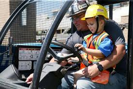 Watch Now: Tulsa construction firm hosts Make a Wish 4-year-old ...