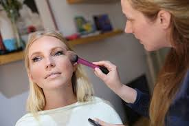 tips on how to prepare your make up for a photo shoot an interview with Žana