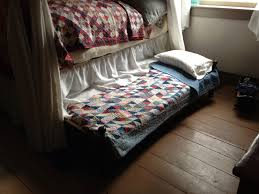 Mennonite Bedroom Furniture 1820 Log Schoolhouse Of Mennonite Quilts Shoo Fly Pie Thrift
