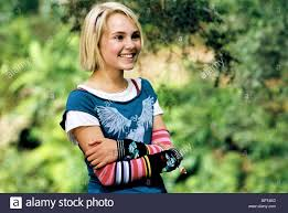 ANNASOPHIA ROBB BRIDGE TO TERABITHIA (2007 Stock Photo - Alamy
