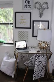 Modern Dorm Room Seating