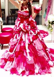 Beniちゃんデザイン赤が映えるポップなカラードレス赤やピンクや白の