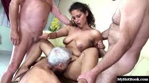 Homemade amateur chubby latina double penetration
