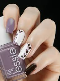 5 Simple and Popular Nail Art Designs Â«
