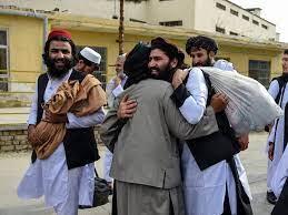 Hindukusch - Afghanistan lässt zum Opferfest mehr als 300 Taliban frei -  Wiener Zeitung Online