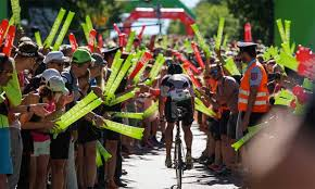 Challenge roth is a triathlon race organised by in and around roth bei nürnberg, bavaria, germany.it is held annually in july. Grunes Licht Fur Challenge Roth 2021 Trinews At
