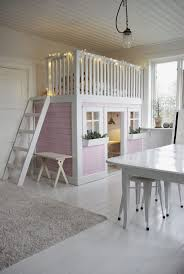 Now this would be a dream bedroom/playroom for a special little one.