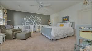 Baby Im Schlafzimmer Oder Eigenes Zimmer Baby Mädchen Licht