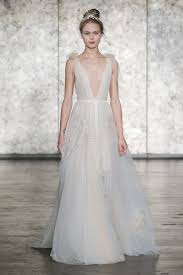 5 fresh wedding dress for trends 2018 brides glamour