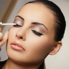 20 makeup tricks every needs to know makeup daily
