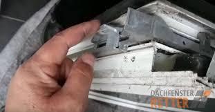 Roto Schwergängiger Schließmechanismus Dachfenster Retter