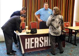 job seekers connect at hirelive crescenta valley weekly photos by isiah reyes job seekers talk to hershey reps to learn what opportunities the company