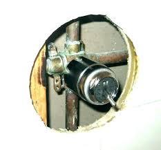 delta shower valves faucet hot water adjustment best hotels tub valve kit with diverter