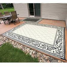 caribou creek reversible fade resistant blue white outdoor rug 5 x 8 for