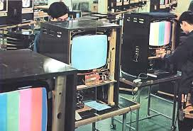 80and 39 s crt tv. just found out from my online friend, noriyoshi japan, that sony manufactured two additional chromatron models in 1967. they are the 19c 80 and 80and 39 s crt tv y