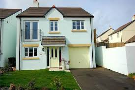 3 Bedroom Detached House For Sale   72 Du Maurier Drive, FOWEY, Cornwall