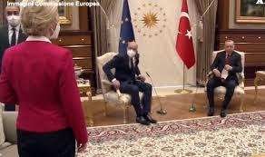 Erdogan lascia la von der Leyen in piedi, il video della vergogna - La  Sicilia