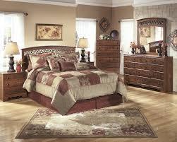 Timberline 4 Pc. Bedroom   Dresser, Mirror, Chest U0026 Queen/Full Panel
