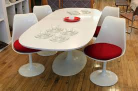 mid century modern kitchen table and chairs. Awesome Mid Century Modern Kitchen Table With White Swivel Chairs And Wooden Flooring For Dining Room Decorating Ideas A