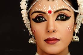 why did odissi a clical dance vch is 1000s of yr old dancers copied dr makeup style from bengali brides t co wlq0rppo9z