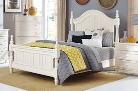 Clementine Bed   White