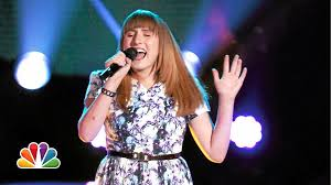 17-year-old with Connecticut roots advances to live round of 'Voice'