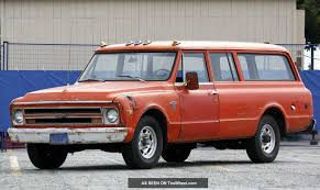 1968 Chevrolet Suburban - Information and photos - MOMENTcar