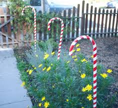 Candy Cane Yard Decorations DIY Yard Ideas Candy cane decorations Lawn decorations and 9