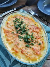Dieser raffinierte kohlrabi auflauf ist schnell zubereitet und schmeckt wunderbar frisch. Schlemmer Kartoffel Kohlrabi Gratin Bella Cooks And Travels