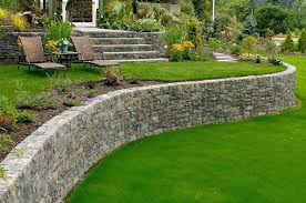 Backyard Retaining Wall Designs Delectable Building A Small Retaining Wall Curved Retaining Wall Retaining And