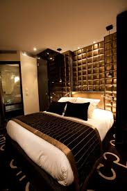 Black Gold Bedroom Ideas