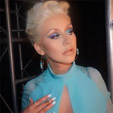 christina aguilera s ombre eye makeup on the voice get the look hollywood life