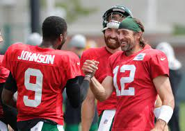 Packers QB Aaron Rodgers puts Clay ...