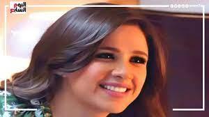 أول ظهور لياسمين عبد العزيز بعد أزمتها الصحية..وتوجه رسالة مبكية للجمهور -  YouTube