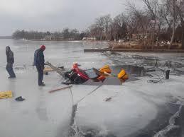 Mn Dnr Ice Thickness Chart Vehicle Falls Through Ice On Lake Minnetonka Lake