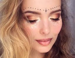 beautiful hairs glitter freckles festival make up festival look