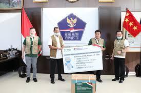 Pengusaha indonesia sukanto tanoto masuk daftar 10 miliader di singapura. Dukung Pemerintah Hadapi Covid 19 Tanoto Foundation Donasi Ke Bnpb Tanoto Foundation