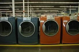 San Leandro, California. Several Washing Machines From Sears Outlet Mall