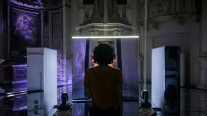 Ego Mirror Design By Us Ultraviolettos Neural Mirror Shows Audiences An Ai Reflection