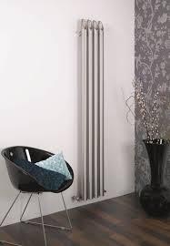 Für die objekteinrichtung bieten wir ebenfalls die geeigneten radiatoren in großen. Asthetisches Design Heizkorper Wohnzimmer Vertikale Heizung Edelstahl
