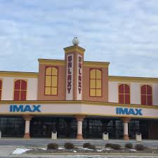 Amc Theater Dubuque Movie Theaters Find A Location Marcus Theatres
