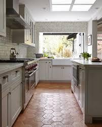kitchen floors sp valley  ideas about cream tile floor on pinterest primed doors maple cabinets