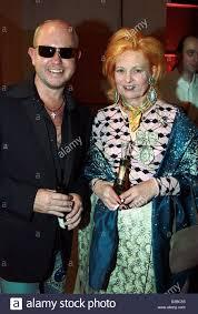 dpa) - Fashion designer Vivienne Westwood and Brian Rennie, Design ...