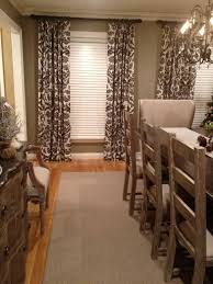 Under Dining Table Rugs Area Rugs Under Dining Tables Gallery Dining