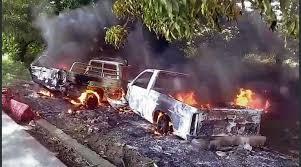 Resultado de imagen para Vehículos Incendiados en las Carreteras de Colombia
